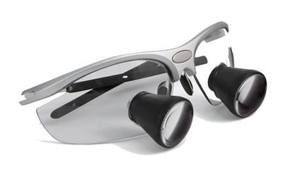 Conçues pour les professionnels de Santé, Dentiste, Chirurgien, ORL,  Ophtalmo, Dermato, Vétérinaire, ces loupes binoculaires puissantes  permettent de voir ... 662957e24700